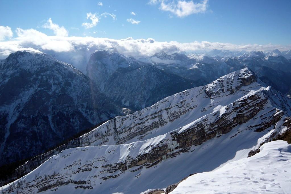 Z južného vrcholu sú neskutočné výhľady na Hochschwab