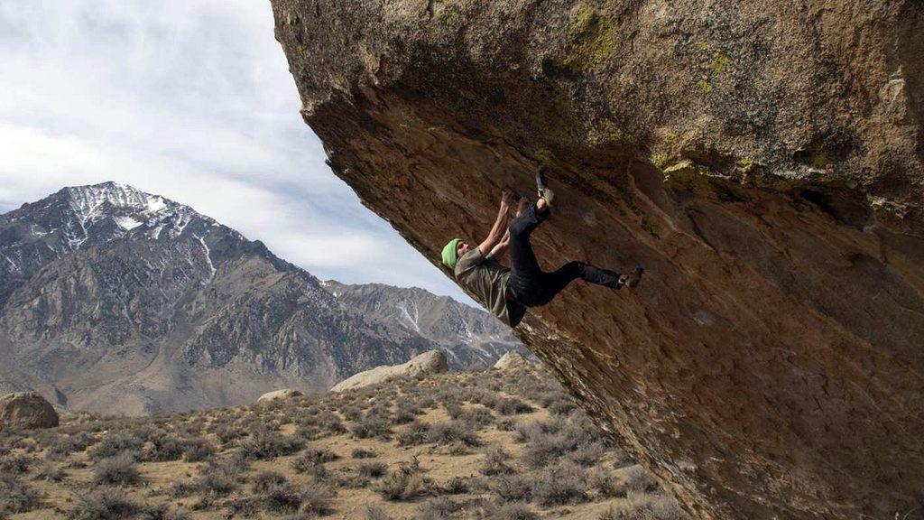 colden-piton-bouldering1