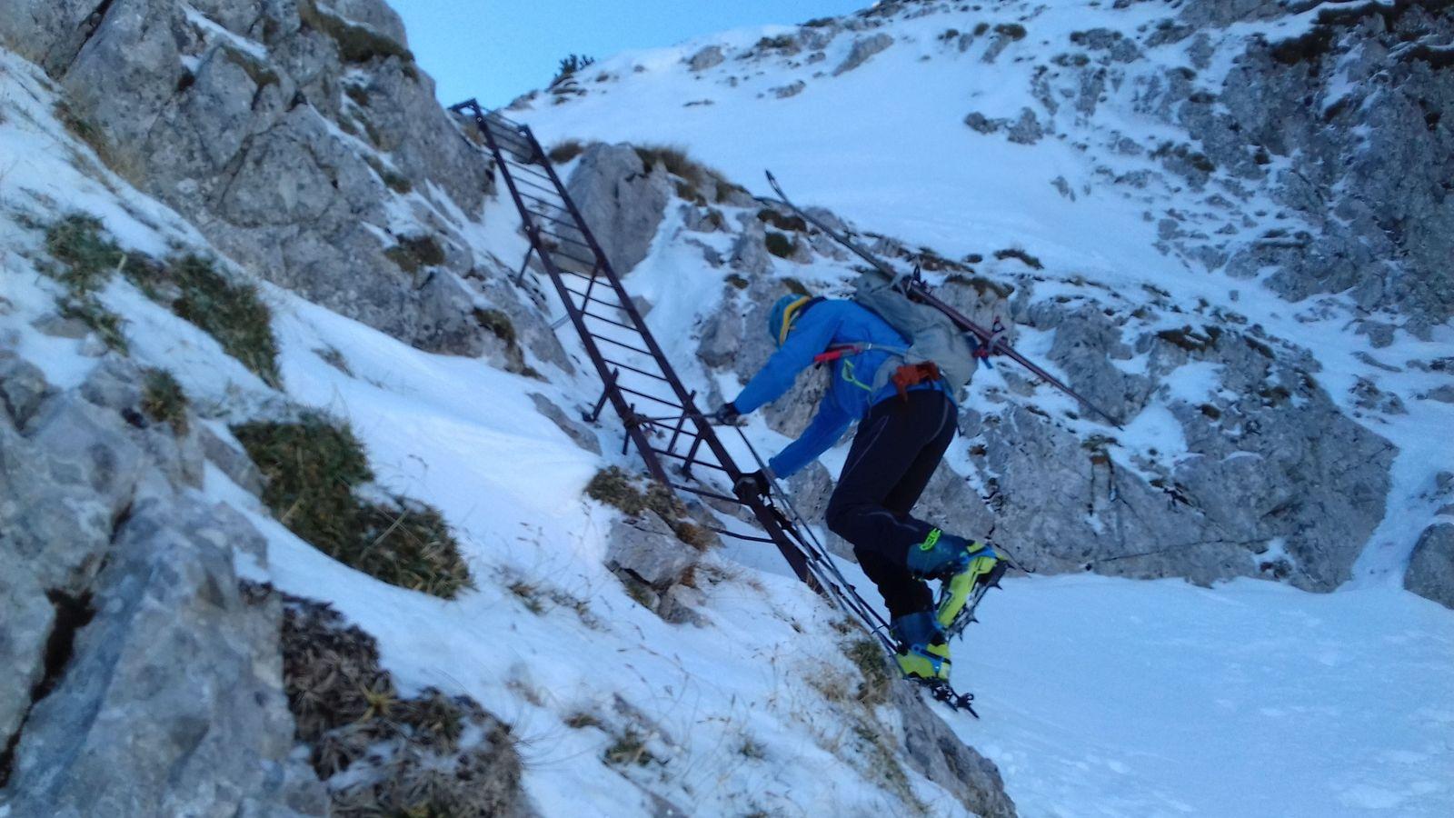 Rebrík v kľúčovom mieste doliny Rodel