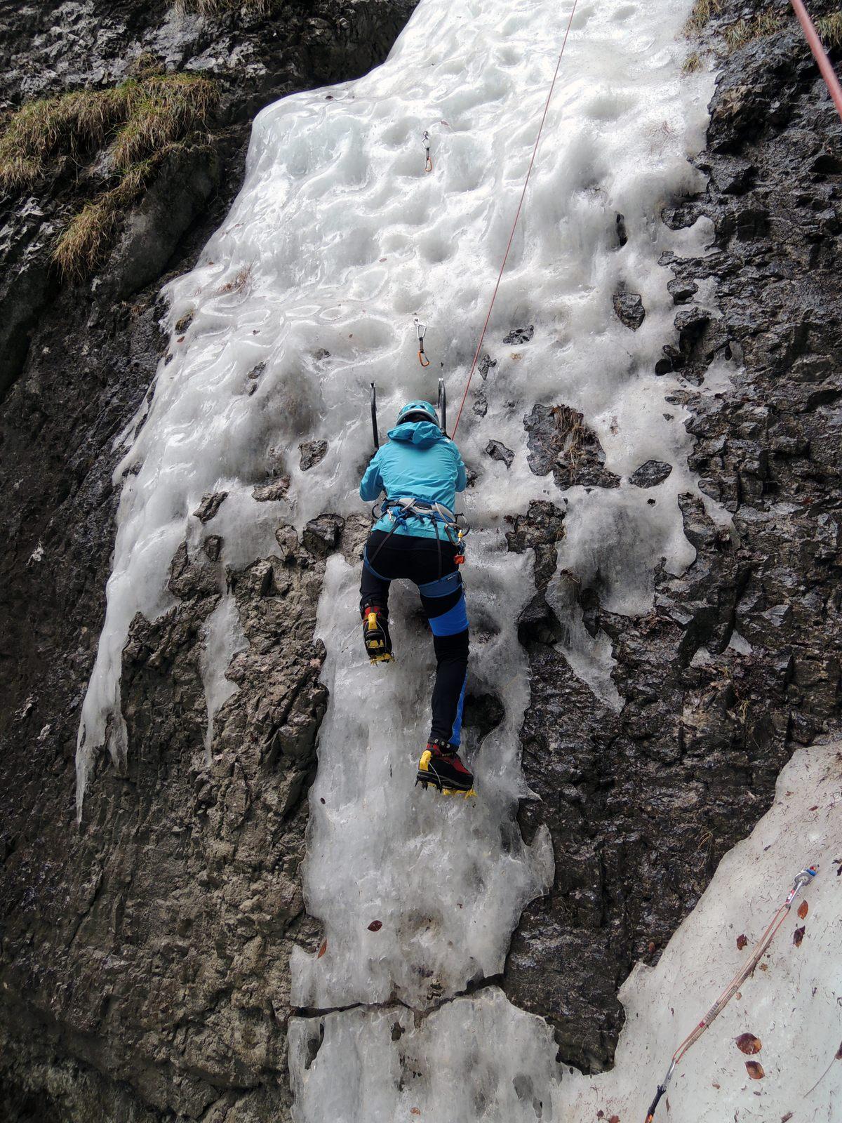 Slabší nástup do ľadu