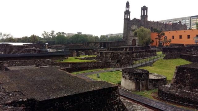 Mexico City - Námestie troch kultúr