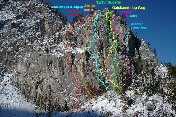 Cesty v stene Klobenwand (Foto: Andreas Jentzsch, via Bergsteigen.com)