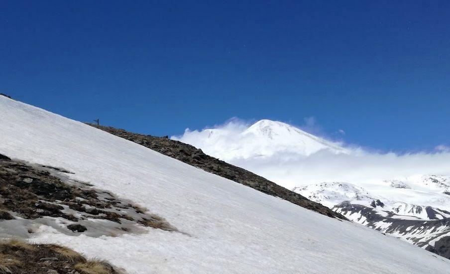 Výhľad z Čegetu na Elbrus