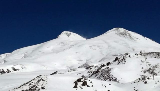 Výhľady počas aklimatizácie pod Elbrusom