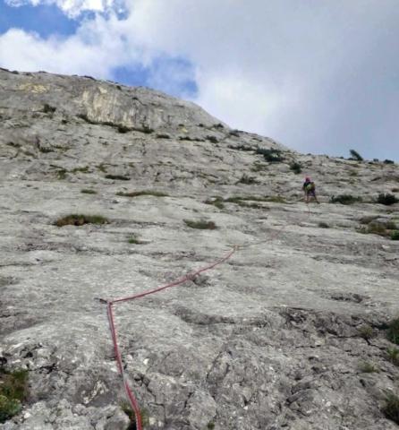 Cesta Seeblick v stene Trisselwand