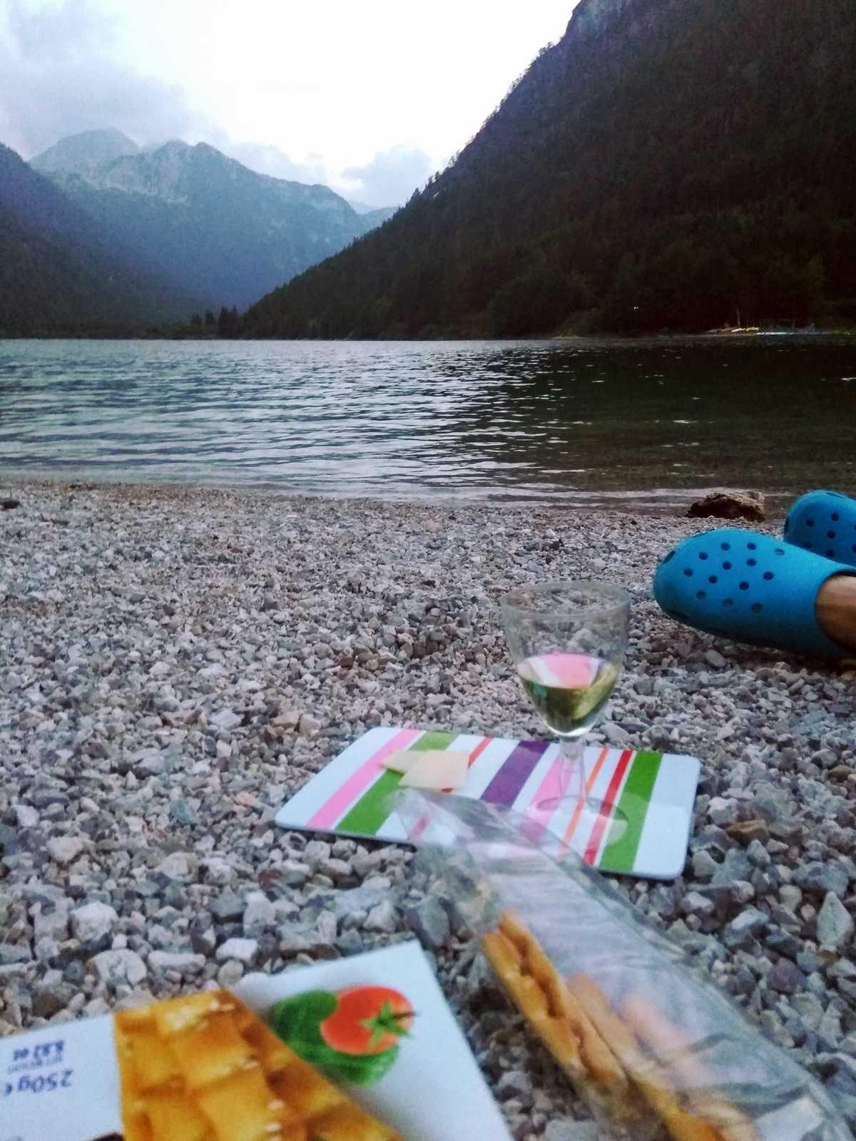 Piknik pri jazere Predil
