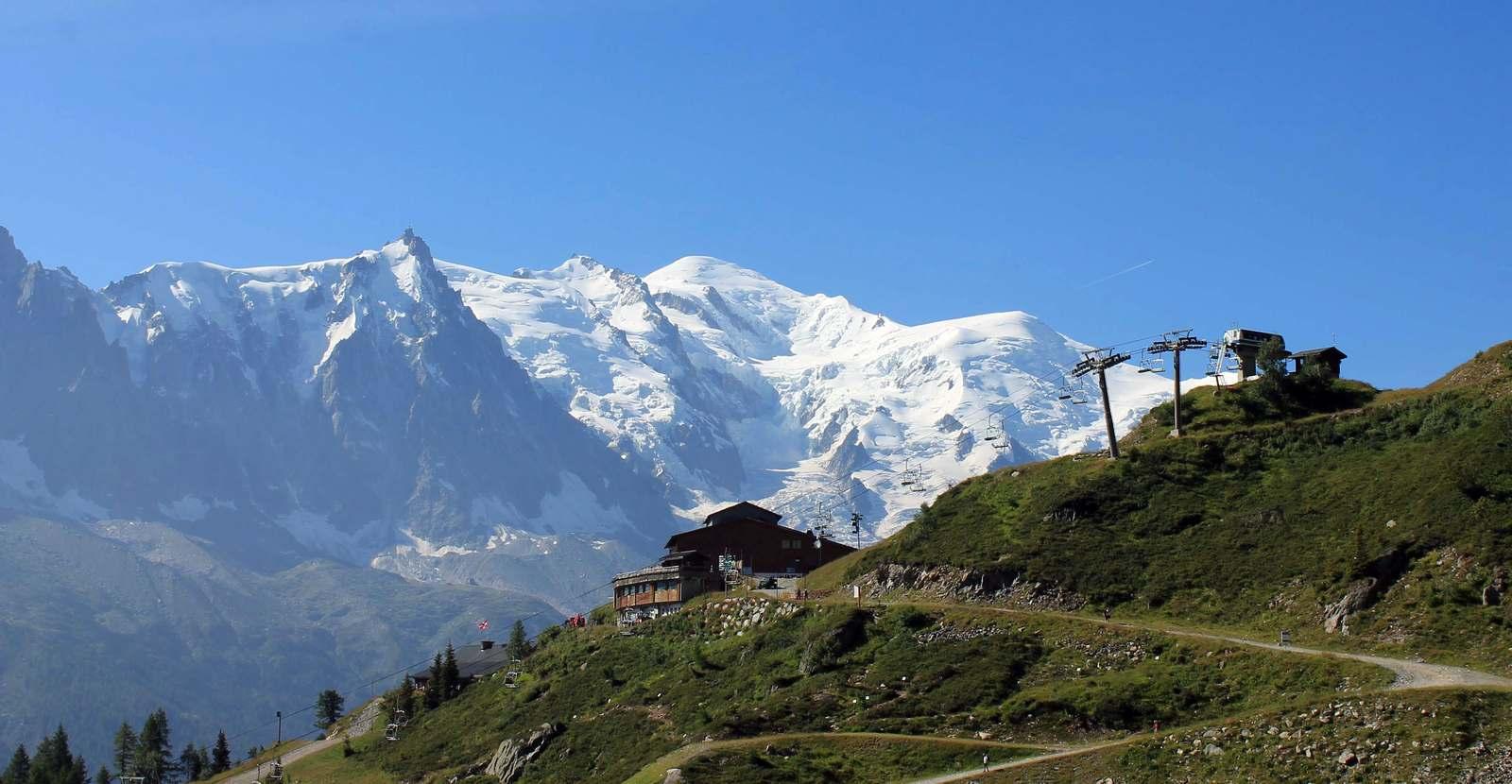 Horná stanica lanovky Flegére a Mont Blanc