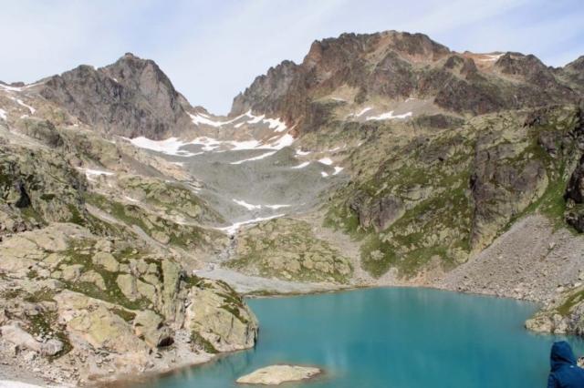 Lac Blanc a kopce za ním