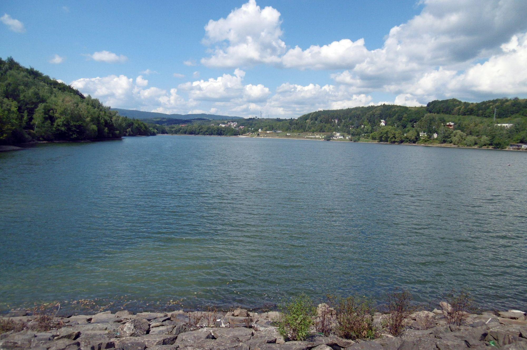 vodná nádrž pod Bukovcom