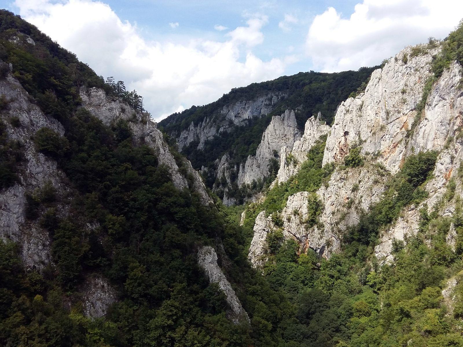04 Zádielska dolina z Cukrovej homole
