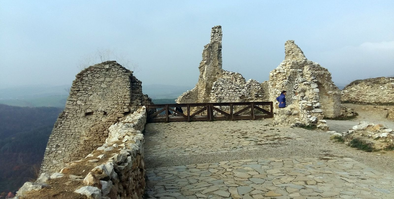 Čachtický hrad 11