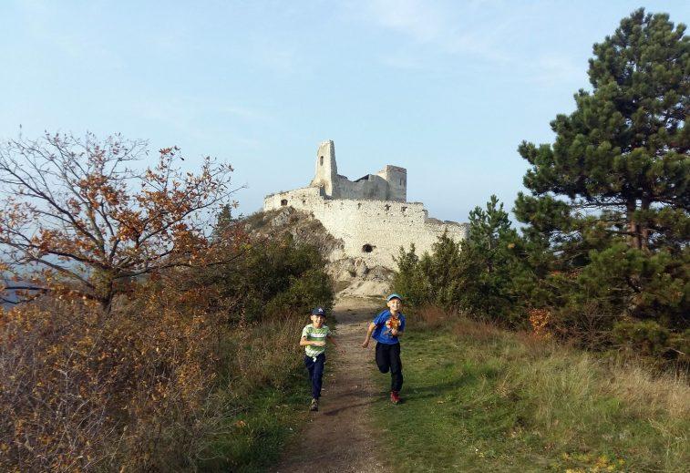 Čachtický hrad 22