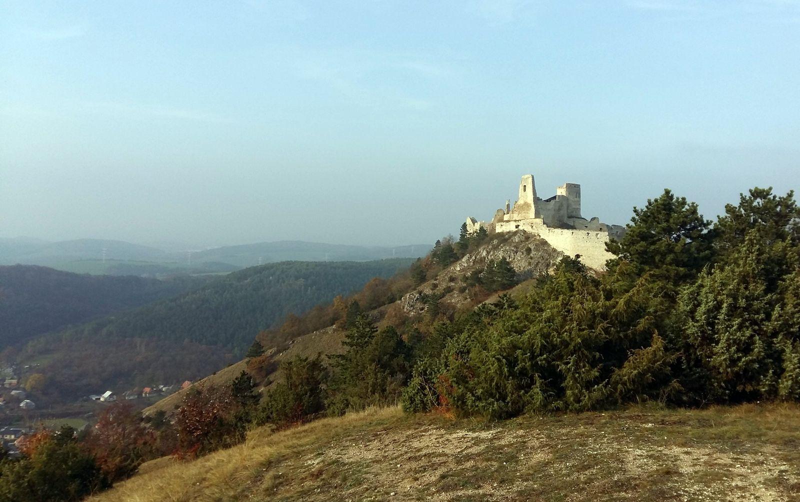 Čachtický hrad 23