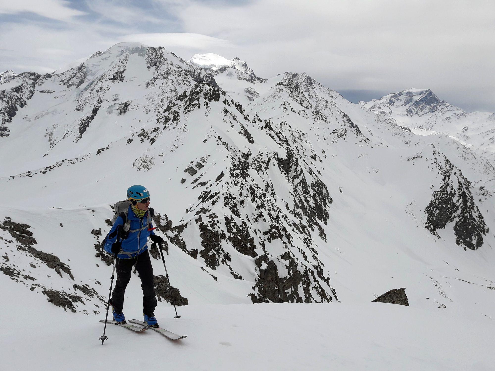 11 Ladoví susedia Petit Combin 3663 m Grand Combin 4314 m a Mont Vélan 3727 m