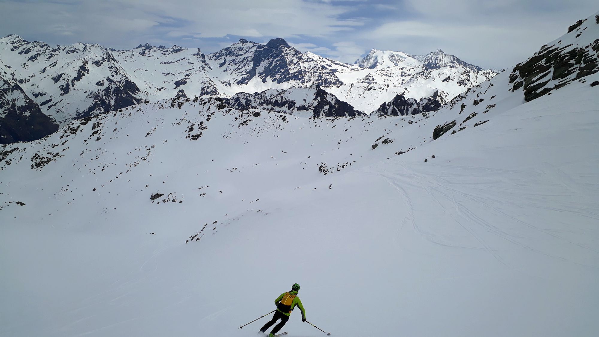 14 Na chvíľu sa ukáže aj špic Matterhornu