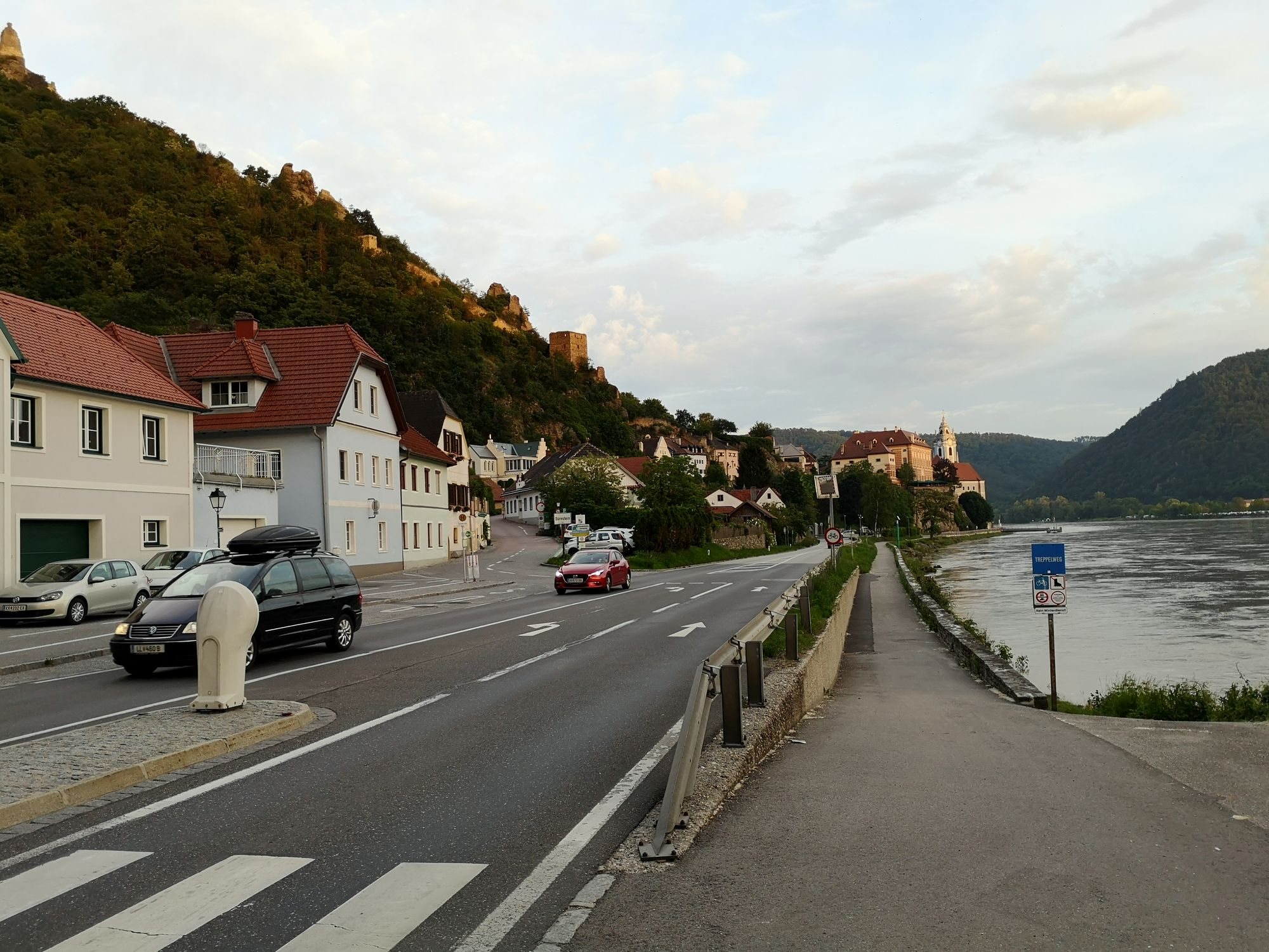 04 Wachauer grat mestečko Dürnstein