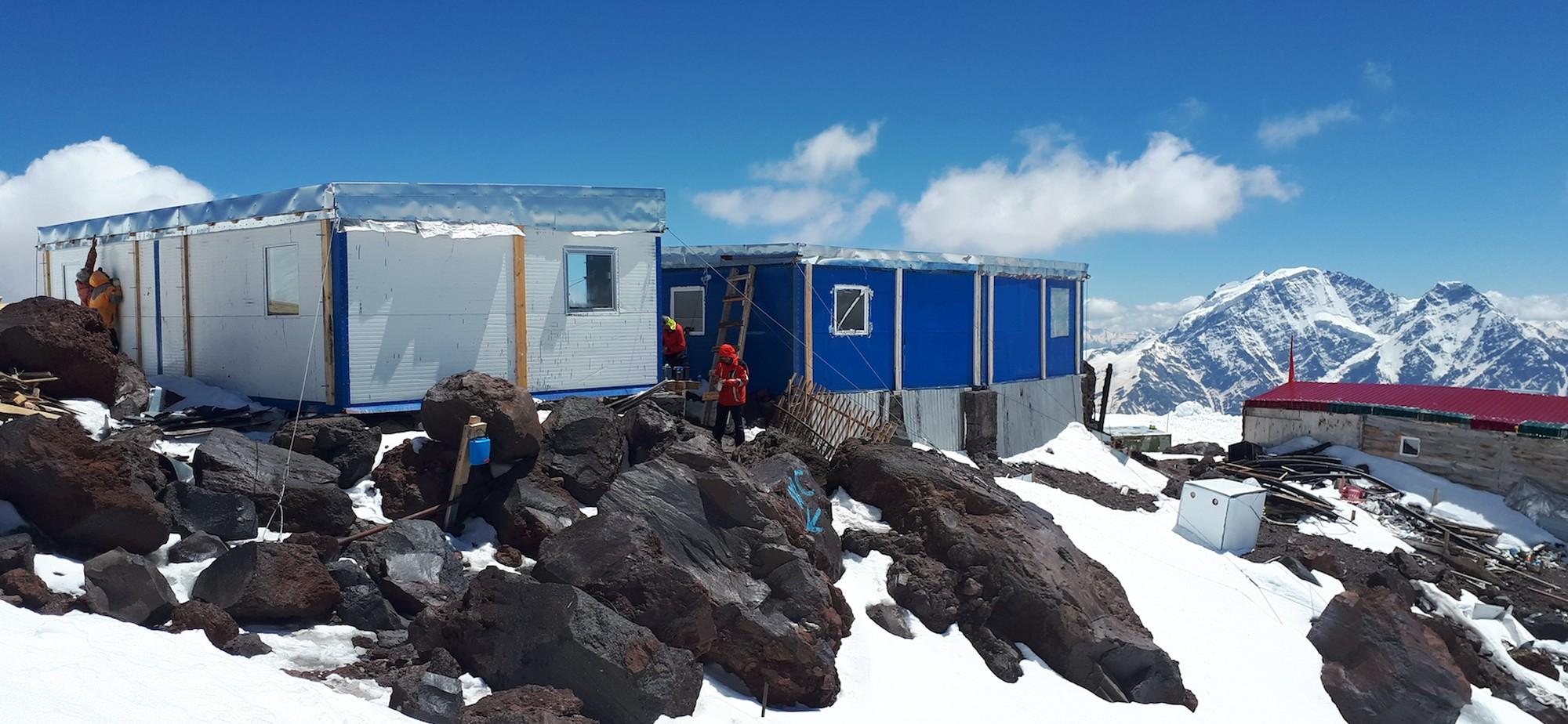 21 Elbrus