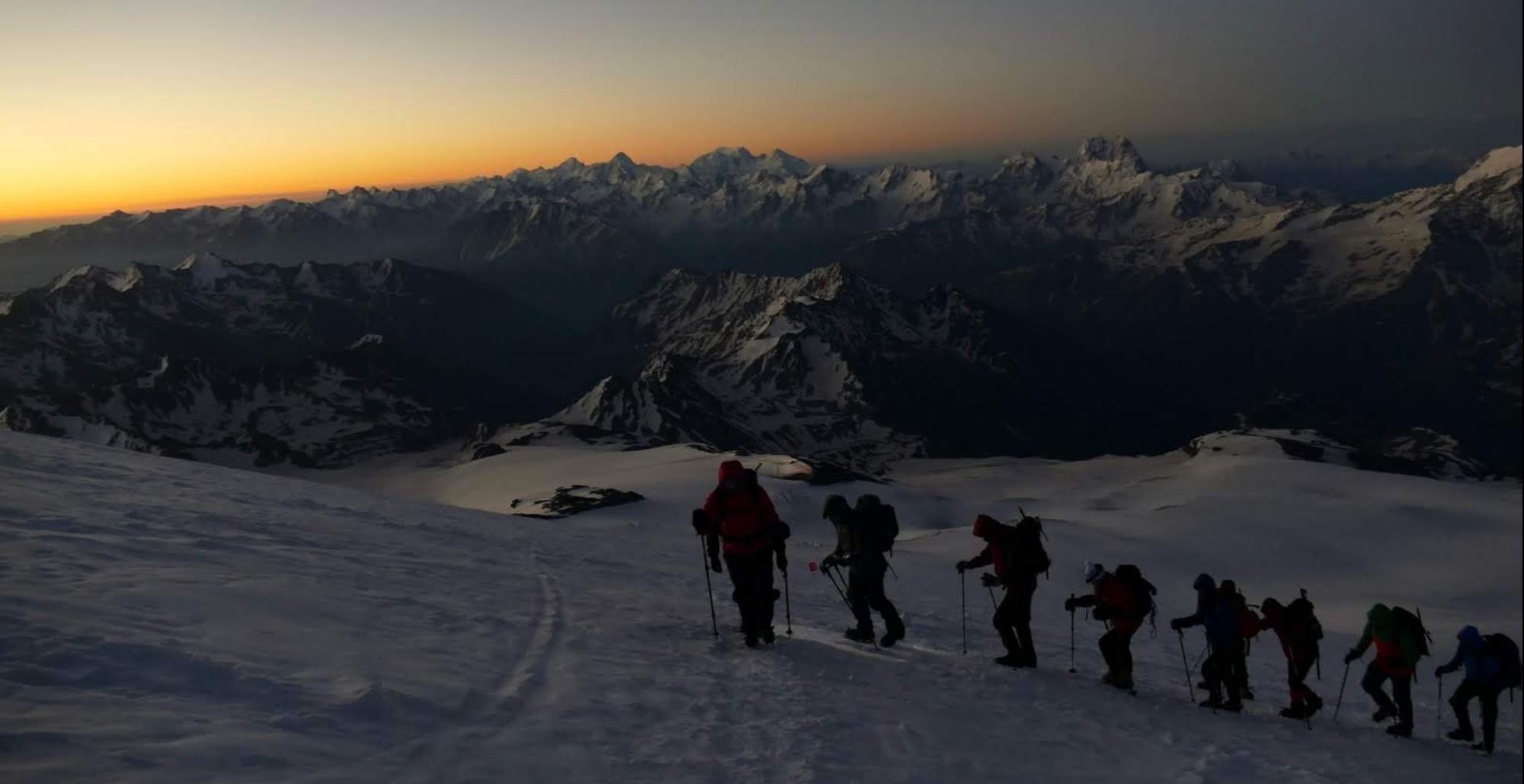 29 Elbrus