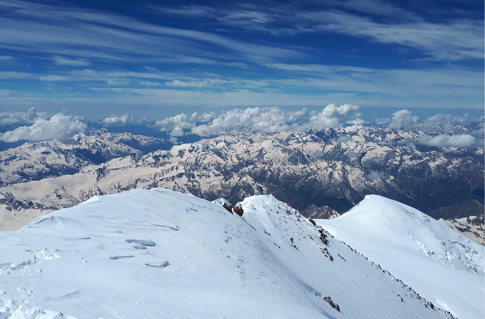 37 Elbrus