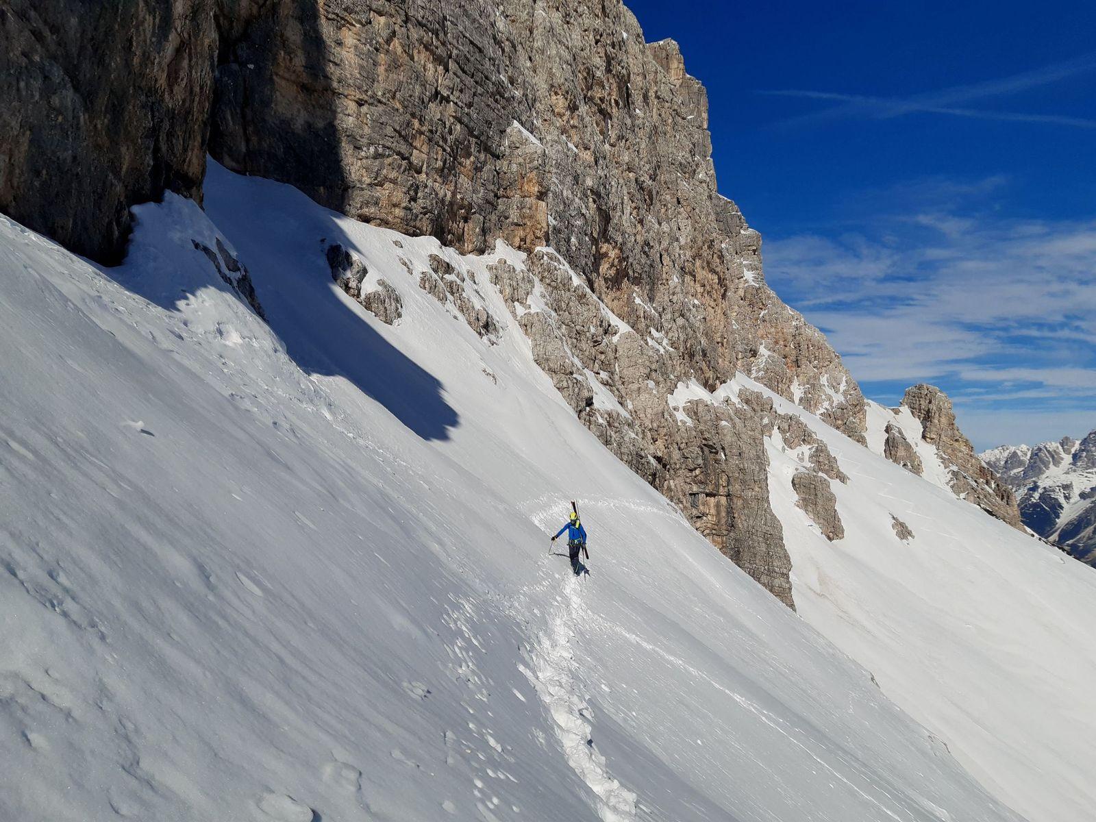 06 Hľadanie nástupu do cesty na Monte Pelmo