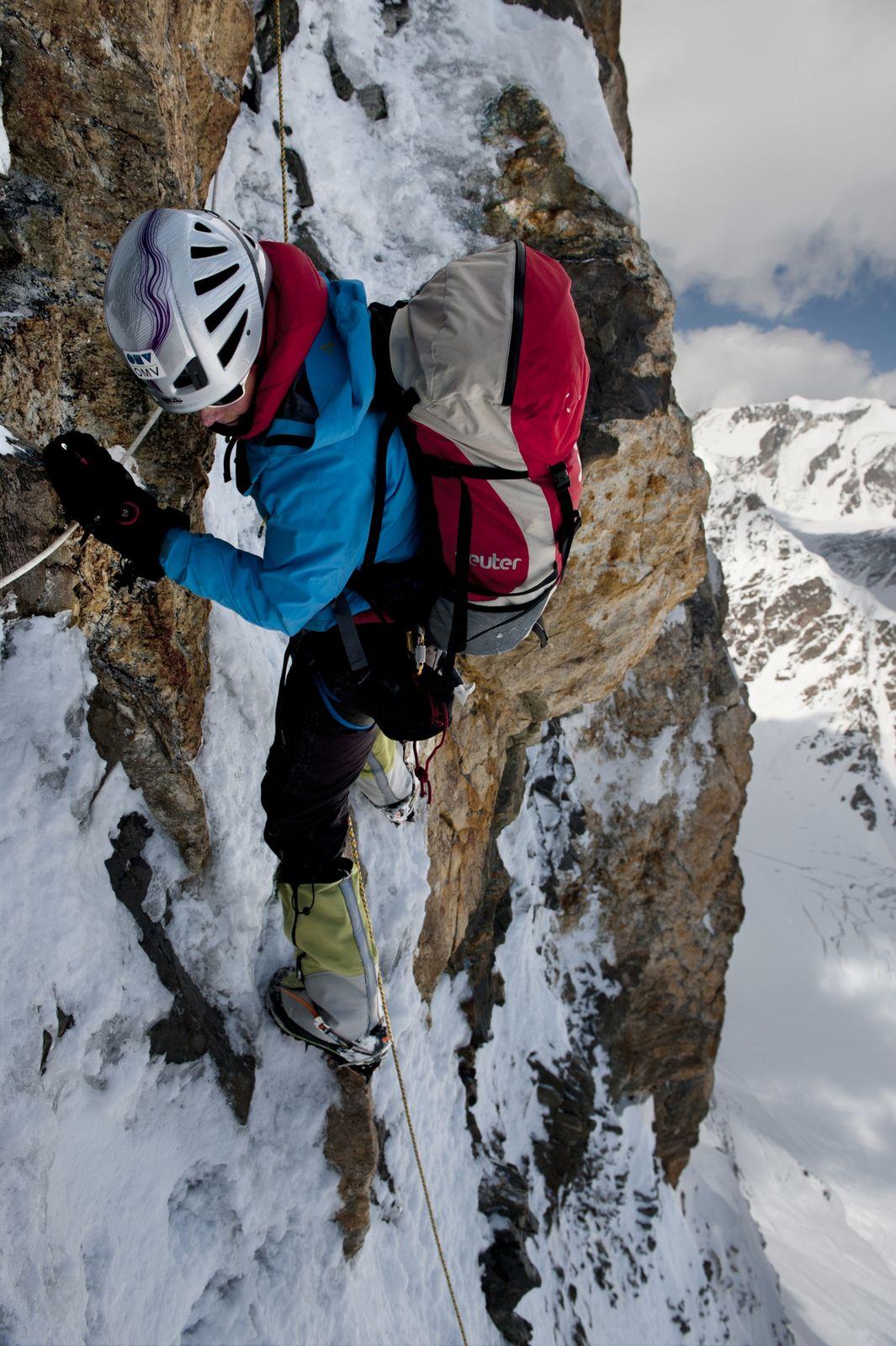 Gerlinde Kaltenbrunner na K2 v roku 2011 (foto T. Heinrich)