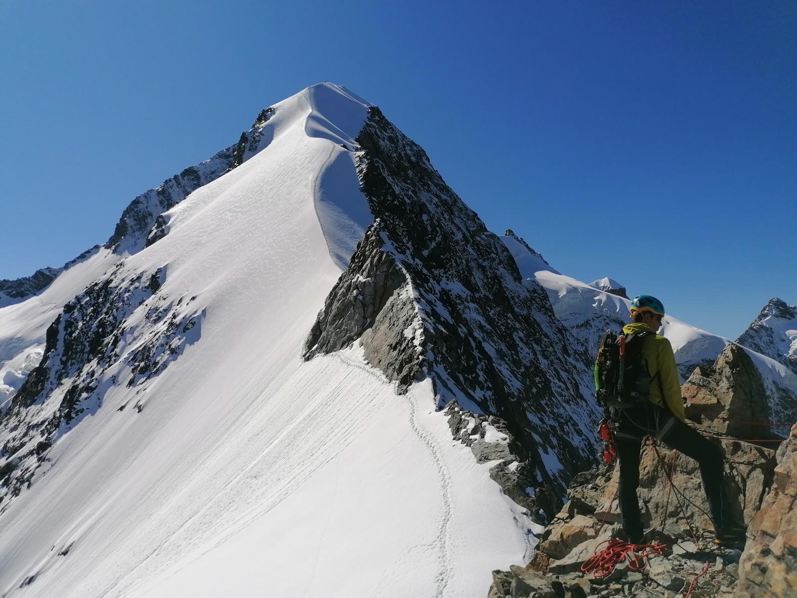 Zlaňovanie z prvého skalného lezeckého úseku.