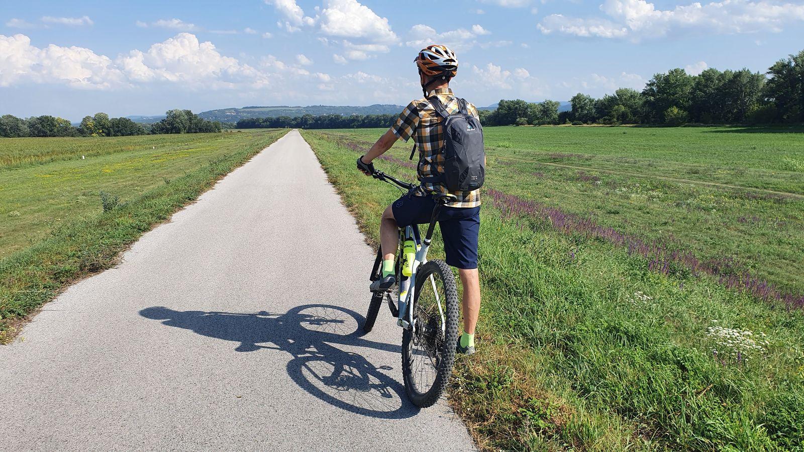 03 Leto pri Dunaji Na cyklotrase EuroVelo 6
