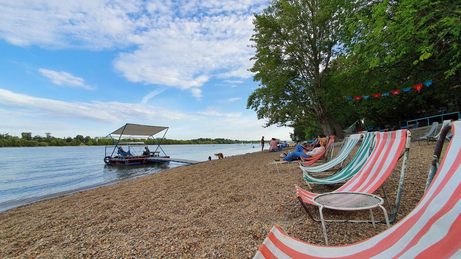 35 Leto pri Dunaji pláž na Budapešťou